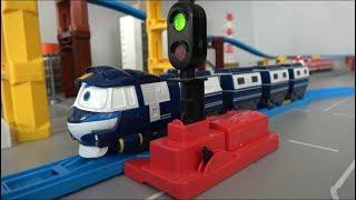 Robot Trains Drive Toys Play 로봇트레인 기차 장난감 운전놀이