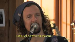"""JASON MRAZ   """"I'M YOURS"""" - HD (Live From Daryl's House) - With English Subtitles."""