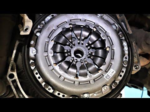 Замена сцепления на дизельном Рено Дастере (clutch Dacia Duster)