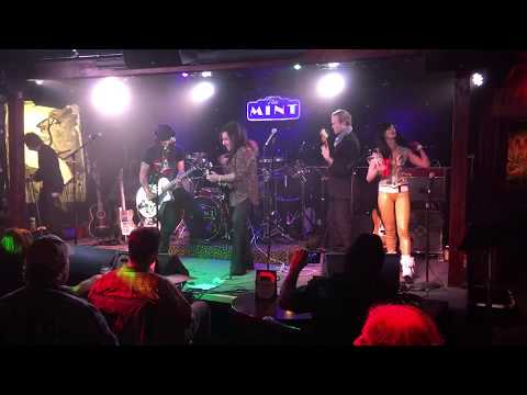 Eric McFadden and Steve Stevens live at The Mint.