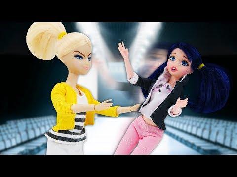 Куклы Маринетт иХлоя— ОДЕВАЛКИ для девочек— Готовимся кпоказу моды— Игры для девочек