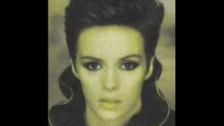 Watch Sheena Easton Let Sleeping Dogs Lie video
