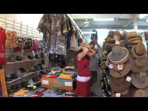 The Wharf Cinema Center - Shops & Restaurants - Lahaina Maui Hawaii