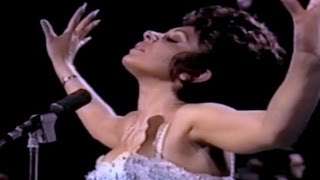 Watch Shirley Bassey Yesterday video