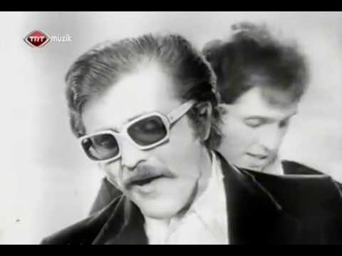 Cem Karaca & Apaşlar - Resimdeki Gözyaşları(1968)