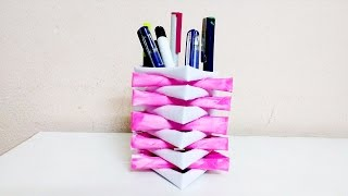 Easy to make pen stand with paper