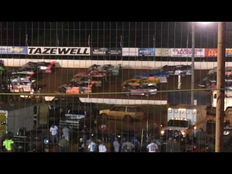 """Four Wide Solute"" by the Lucas Oil Late Models at Tazewell Speedway"