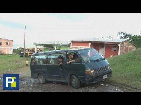 Un autobús que los lleve a la escuela, la urgente necesidad de unos niños rescatados del desamparo
