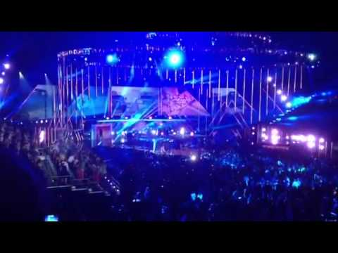 2013 CMT Music Awards Live! Florida Georgie Line feat. Nell