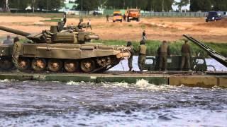 Преодоление водной преграды на Международном военно-техническом форуме «АРМИЯ-2015»
