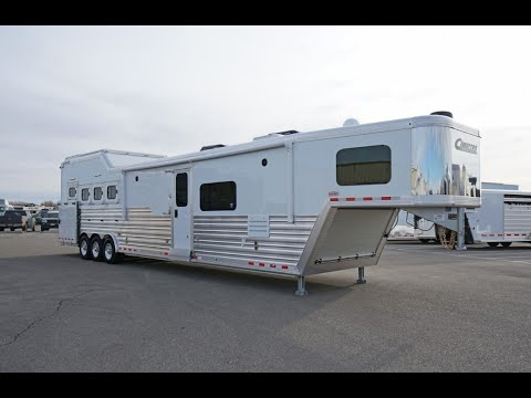 Brand New! 2021 Cimarron Norstar 4 Horse Living Quarters - 5N200853 Transwest Truck Trailer RV Live