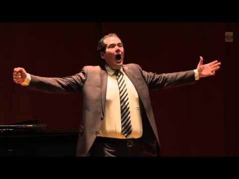 Dominic Armstrong, tenor