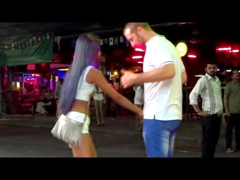 PATTAYA IS A PARADISE FOR SINGLE MEN? | Walking Street, Thailand Nigtlife