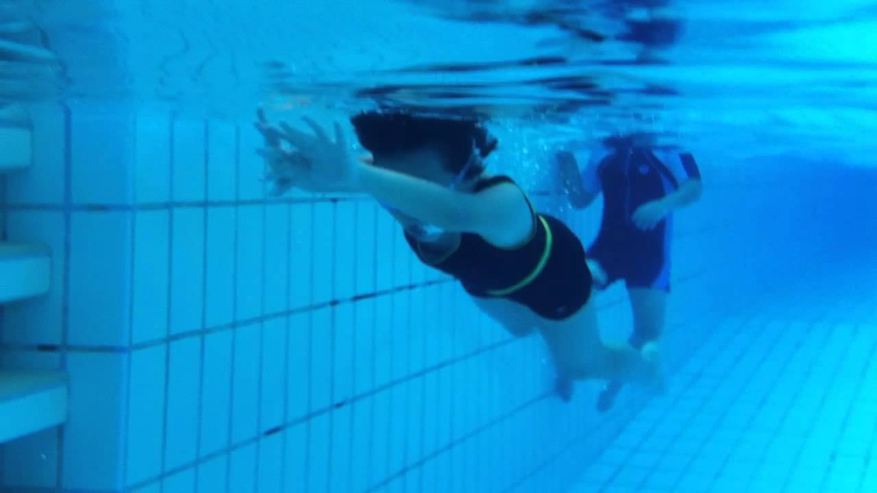 Learning To Swim At The Deep Pool Youtube