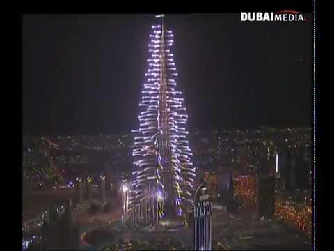 Burj Khalifa 2012 amazing fireworks - Dubai Media