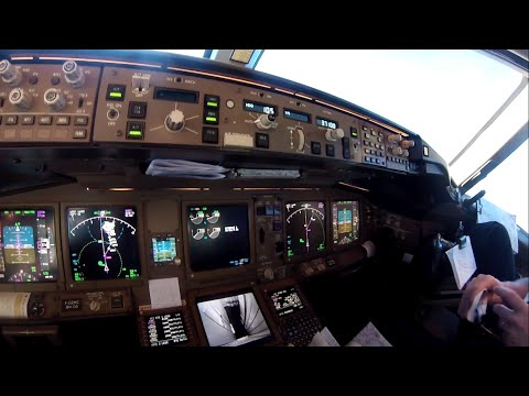 Daily Life of an Airline Pilot - Cockpit Scenes | GoPro HERO 3
