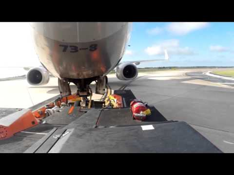 Towing 737-8 Gopro Hero 3+ Black