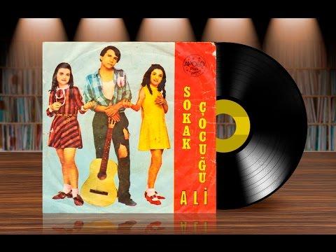 Sokak Çocuğu Ali - Aşkımı Süpürmüşler (Orijinal Plak Kayıt) 45lik