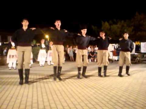 CRETAN DANCE PENTOZALIS