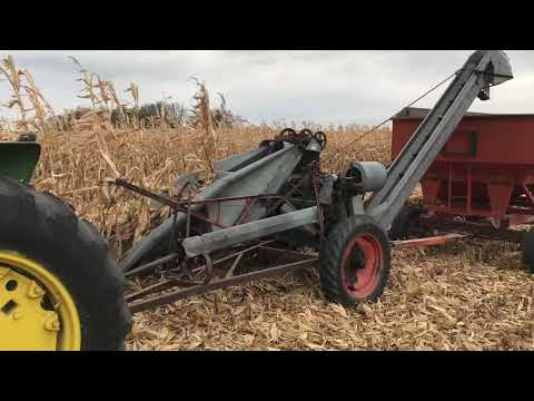 One Row Corn Picker
