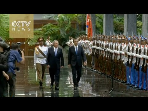 Chinese Premier Li Keqiang meets Raul Castro in Havana