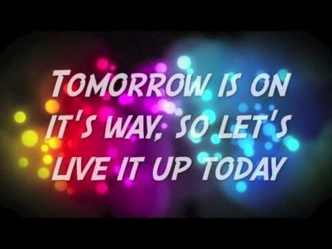 Owl City - Live It Up (Lyric Video)