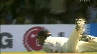 Rahul Dravid TAKES A BLINDER   Awesome catch     3