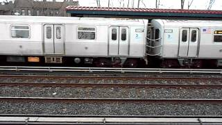 R160B on (Q) arriving at Avenue U Manhattan bound numbered 8897
