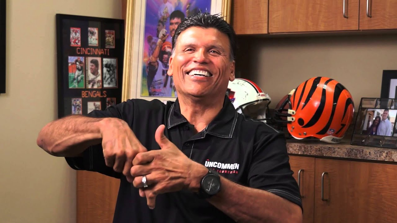 5a0c35ecefb Anthony Munoz  Show Us the Finger - YouTube