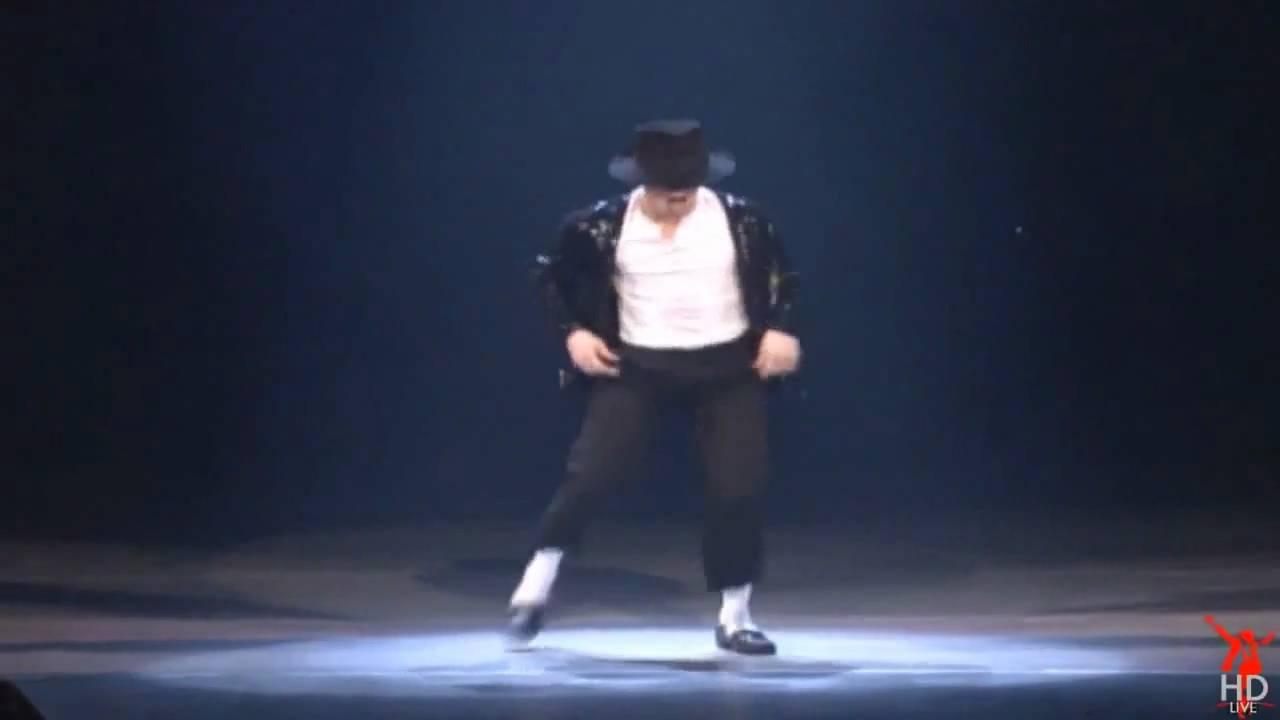 Michael Jackson Best MoonWalk Ever!! [HD] - YouTube
