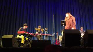 Gambar cover Half a Minute - Basia Live in Santa Cruz 2018