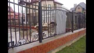 Кованые заборы(Изысканный кованый забор или ограда могут стать предметом гордости хозяина дома, особенно если они выполне..., 2015-01-17T08:50:40.000Z)