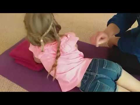 Knap Kind   Happy Kids Massage   Tastzintuig ▶3:08