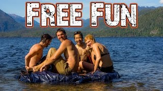 TRAVELING FREE! Can you entertain yourself without money?
