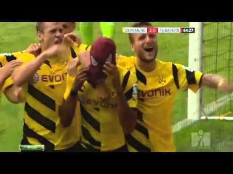 Pierre Aubameyang wear Spiderman Mask after Goal ~ Borussia Dortmund vs Bayern Munich 2 0 ~ 2014 HD