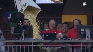LAD@PHI: Phanatic peppers broadcasters with popcorn