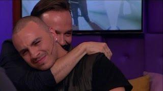 Fais schiet helemaal vol na prachtige verrassing - RTL LATE NIGHT