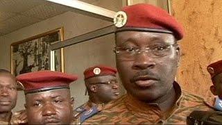 الإتحاد الأفريقي يمهل الجيش مدة أسبوعين كي يعيد الحكم للمدنيين