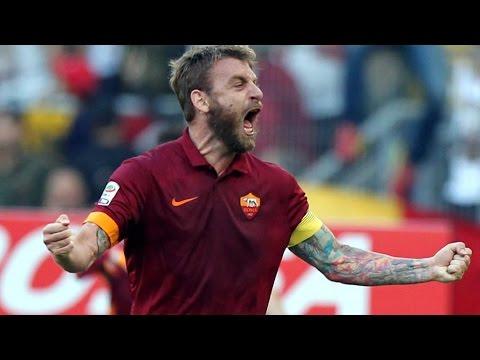 Amazing goal scored by Daniele De Rossi - Roma vs Napoli