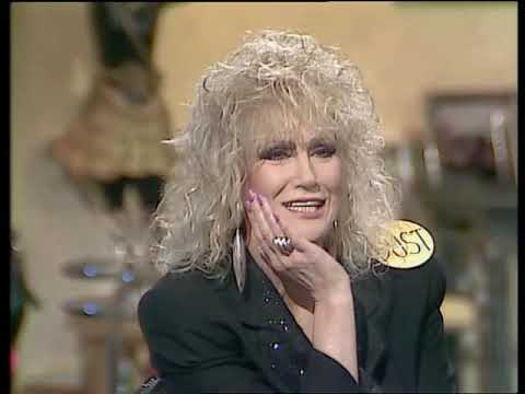 Dusty Springfield On The Dame Edna Experience 1989.