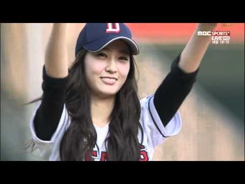 120619 Krystal @  Baseball Opening Pitch