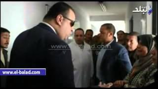 بالفيديو والصور.. محافظ الفيوم يفاجئ مستشفى سنورس المركزي