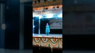 Guest performance by jagmeet kaur at dashmesh auditorium, GNDU duri...
