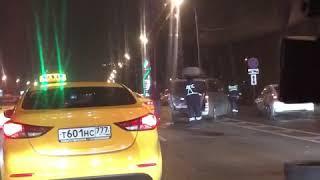 Смотреть видео Дтп Москва Кутузовский проспект 26.11.19 онлайн