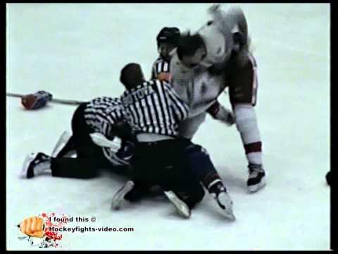 Jan 22, 1993 Wayne Doucet vs Gord Kruppke Capital District Islanders vs Adirondack Red Wings AHL