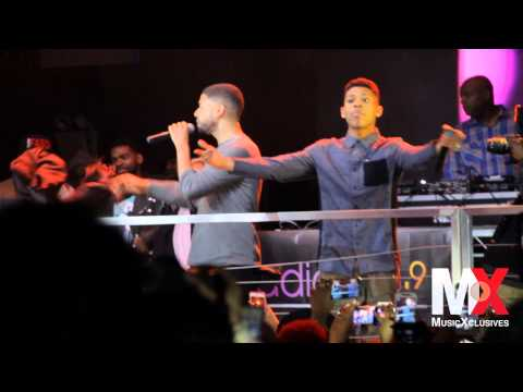 "Jussie Smollett performs ""Keep Your Money"" at EMPIRE Album Release Party in NYC"