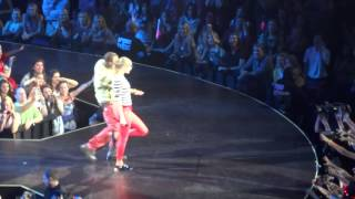 Taylor Swift & B.o.B. - Both of Us (Red Tour, Atlanta)