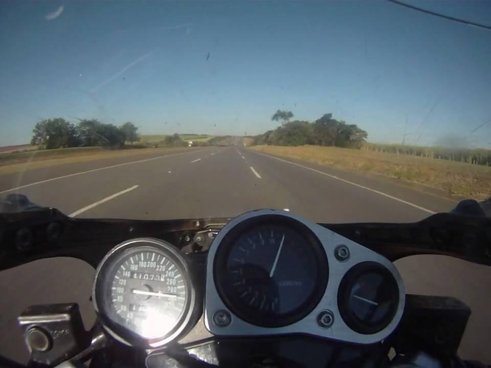 GSXR 1100 W 300km/h