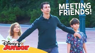 MEETING FRIENDS! | A Day in the Life of Mickey ft. Moshaya Family | Disney Junior Arabia