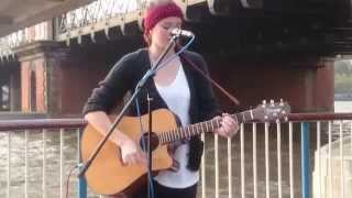 KT Tunstall, Black Horse & The Cherry Tree, by Karina Ramage - busking in the streets of London, UK